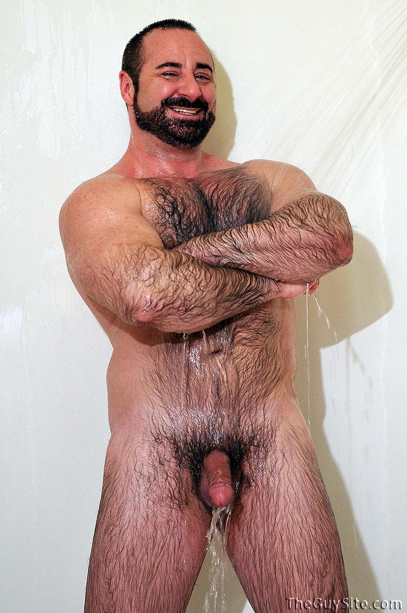 Мускулистые и волосатые кавказцы гей порно видео